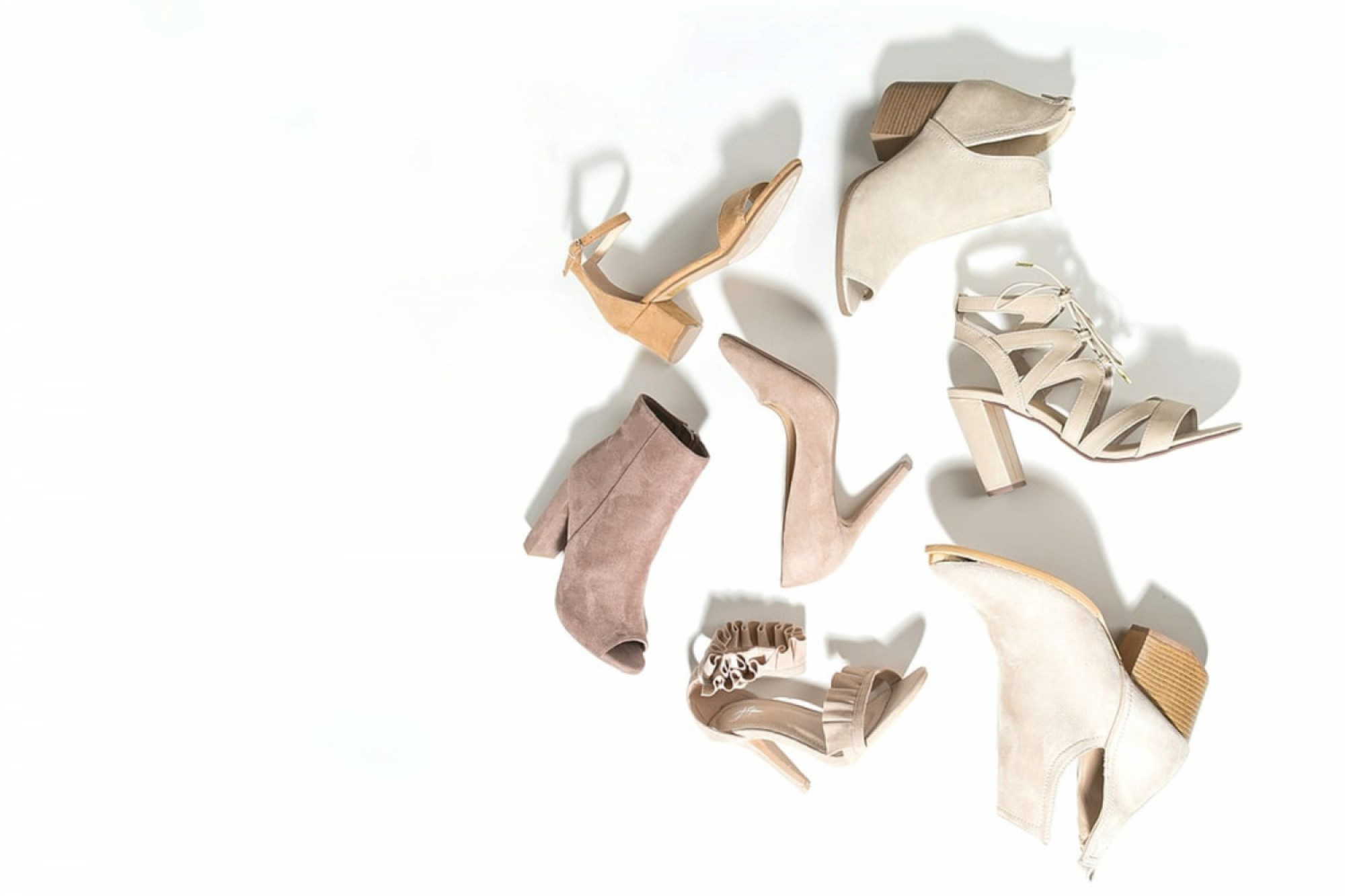 Health & Beauty Professionals: You Need These 6 Shoes if You Stand All Day
