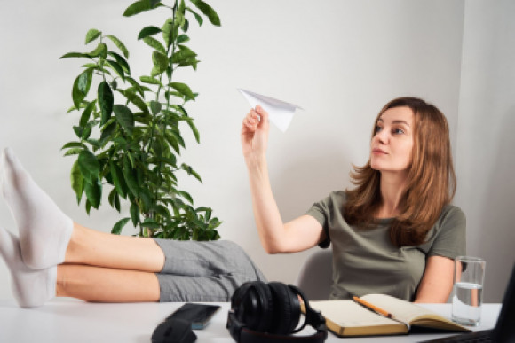 Fight Procrastination With These 5 Simple Self-Improvement Ideas