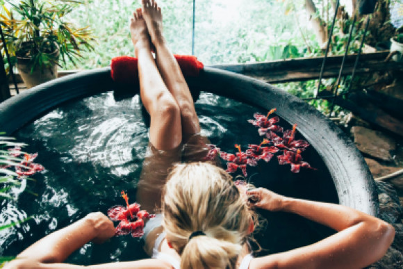 5 Essential Elements You Need for a Relaxing Evening at Home