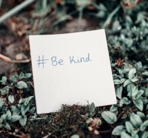It's The Little Things! Five Small Kind Acts To Incorporate Every Day