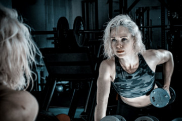 How to maintain your hair before, during, and after a sweat session